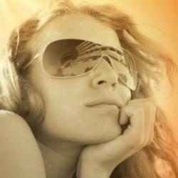 Sourcing wholesale designer sunglasses online