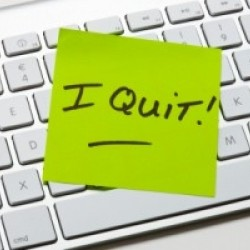 Determine when it's the best time to quit your day job (in 3 steps!)