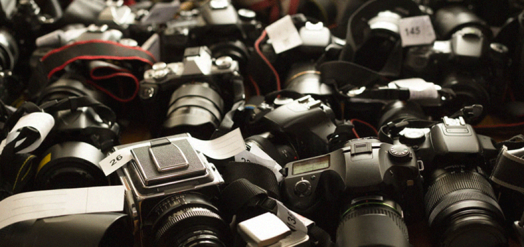Digital Cameras: Monday Market of the Week