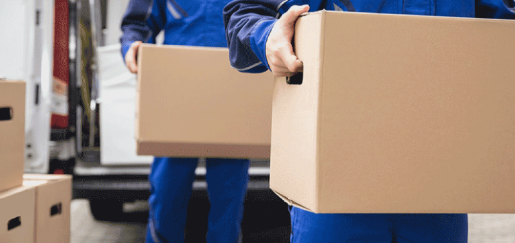 How to Work With Dropship Suppliers (Everything From Shipping to Communication)